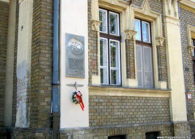 Szeged Mentőállomás - volt tűzoltó laktanya - II. világháborús emléktábla 2014.08.16. küldő-Emese (6)