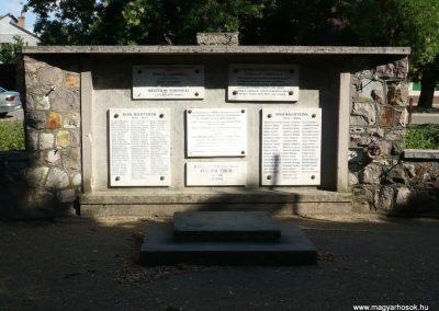 Szeged - Szőreg hősi emlékmű 2012.07.13. küldő-Sümec (1)