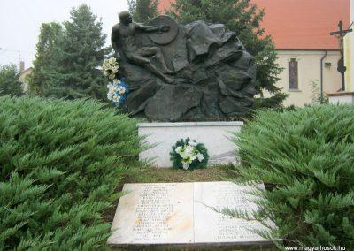 Szeged-Tápé II. világháborús emlékmű 2014.09.21. küldő-Emese