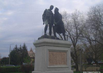 Szeghalom I.vh emlékmű 2008.04.10. küldő-egy Magyar anya