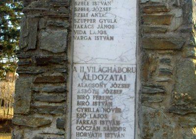 Szeleste - Felsőszeleste világháborús emlékmű 2009.01.07.küldő-gyurkusz (2)