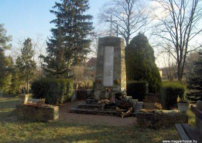 Szeleste - Felsőszeleste világháborús emlékmű 2009.01.07.küldő-gyurkusz