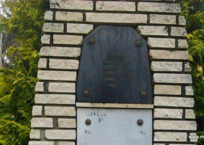 Szemenye világháborús emlékmű 2012.01.18. küldő-Süket Sándor (1)