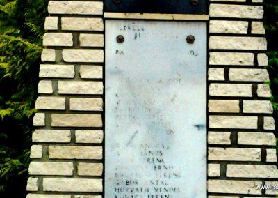 Szemenye világháborús emlékmű 2012.01.18. küldő-Süket Sándor (2)