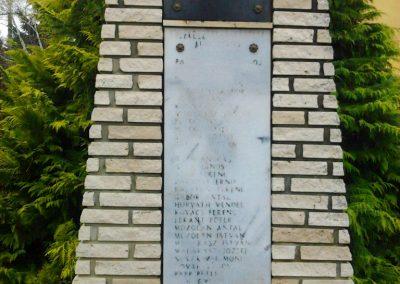 Szemenye világháborús emlékmű 2012.01.18. küldő-Süket Sándor