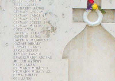 Szendehely II.vh emlékmű 2003.11.01. küldő-Pfaff László, Rétság (2)