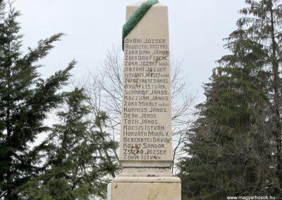 Szenna világháborús emlékmű 2013.03.31. küldő-kalyhas (6)