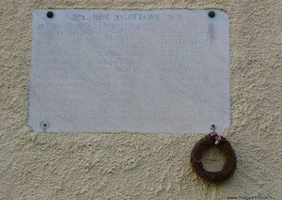 Szentbékkálla világháborús emléktáblák 2009.07.28.küldő-HunMi (1)