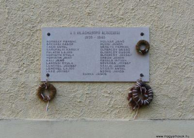 Szentbékkálla világháborús emléktáblák 2009.07.28.küldő-HunMi (2)