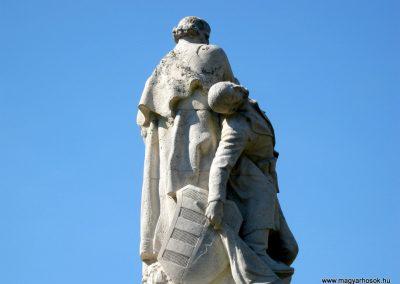 Szentes Erzsébet tér felújított I. világháborús emlékmű 2018.09.18. küldő-Bali Emese (4)