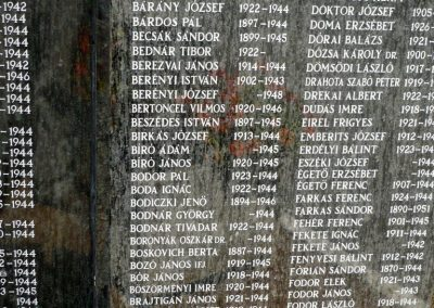 Szentes II. világháborús emlékmű 2012.08.02. küldő-Sümec (13)