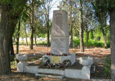 Szentes Kálvária temető I. világháborús emlékmű és sírok 2018.09.18. küldő-Bali Emese (1)