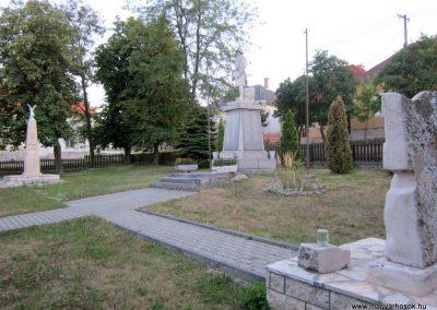 Szentgál hősi emlékművek 2013.08.17. küldő-kalyhas (14)