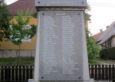Szentgál hősi emlékművek 2013.08.17. küldő-kalyhas (5)
