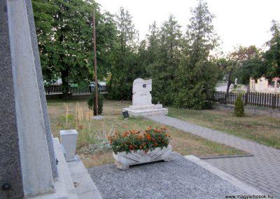 Szentgál hősi emlékművek 2013.08.17. küldő-kalyhas (8)