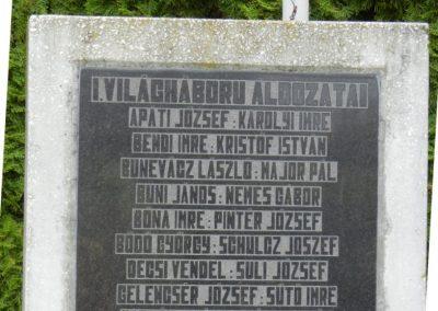 Szentgáloskér világháborús emlékmű 2014.04.06. küldő-Huber Csabáné (4)