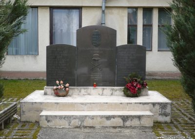 Szentgyörgyvölgy világháborús emlékmű 2009.03.25.küldő-sümec