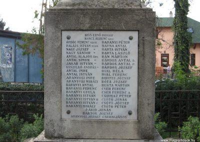 Szentistván I.vh emlékmű 2007.09.20.küldő-Kályhás (2)