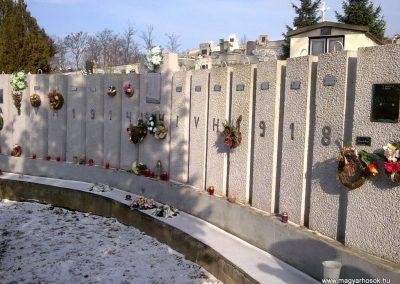 Szentistvánbaksa hősi emlékmű 2010.01.22. küldő-megtorló (3)