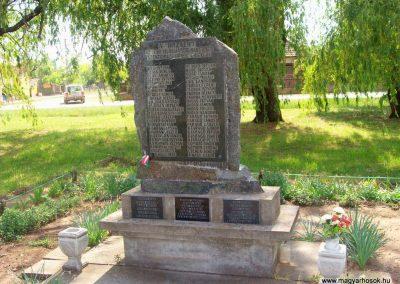Szentkirály világháborús emlékmű 2009.05.02. küldő-miki