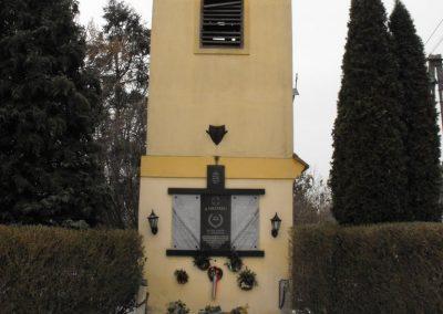 Szentkirály;Gyöngyöshermán; világháborús emléktáblák 2009.01.15.külő-gyurkusz