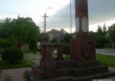 Szentkirályszabadja I.vh emlékmű 2009.05.22.küldő-Magyar Benigna (7)