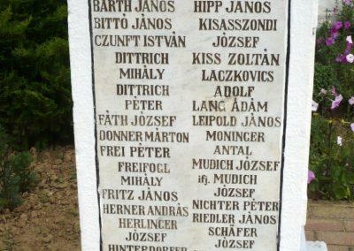 Szentlászló I.vh emlékmű 2010.08.04. küldő-Sümec (5)