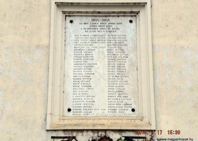 Szentmártonkáta I. világháborús emléktábla 2015.01.17. küldő-kalyhas (1)