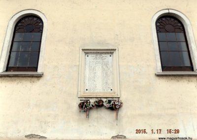 Szentmártonkáta I. világháborús emléktábla 2015.01.17. küldő-kalyhas (4)