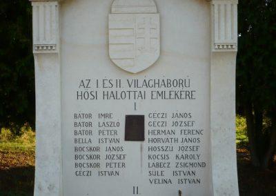 Szentmargitfalva világháborús emlékmű 2009.11.17.küldő-Sümec (1)