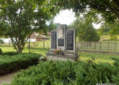 Szentpéterfölde világháborús emlékmű 2016.08.13. küldő-kalyhas (6)