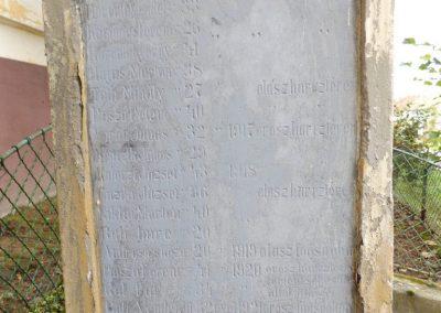 Szenyér I. világháborús emlékmű 2014.10.25. küldő-kalyhas (4)