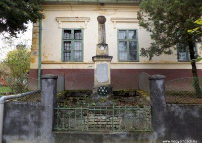 Szenyér I. világháborús emlékmű 2014.10.25. küldő-kalyhas