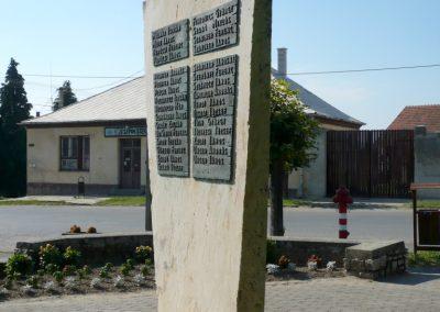 Szepetnek II.vh emlékmű 2010.07.14. küldő-Sümec (8)