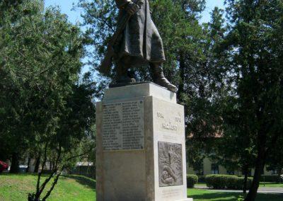 Szerencs felújított világháborús emlékmű 2017.07.18. küldő-Emese (5)