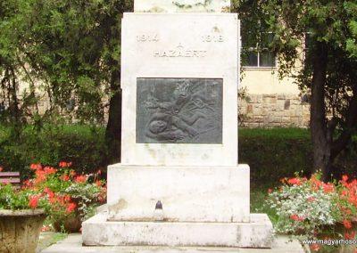 Szerencs világháborús emlékmű 2009.06.22.küldő-megtorló (1)