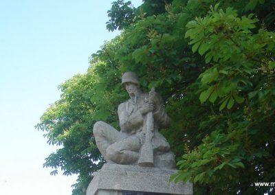 Szigetújfalu I.vh emlékmű 2009.05.18. küldő-Huszár Peti (1)