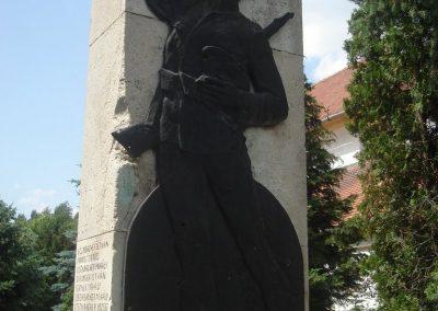 Szigetcsép világháborús emlékmű 2009.05.18.küldő-Huszár Peti (1)