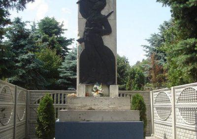 Szigetcsép világháborús emlékmű 2009.05.18.küldő-Huszár Peti