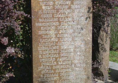 Szigetmonostor világháborús emlékmű 2008.07.05. küldő-Huszár Peti