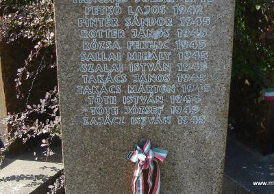 Szigetmonostor világháborús emlékmű 2008.07.05. küldő-Huszár Peti (5)