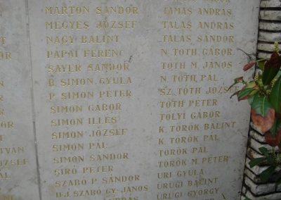 Szigetszentmiklós világháborús emlékmű 2008.04.15. küldő-Huszár Peti (6)