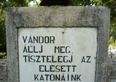 Szigliget világháborús emlékmű 2011.06.12. küldő-Ágca (2)