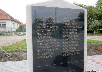 Szihalom új világháborús emlékmű 2015.09.14. küldő-kalyhas (6)