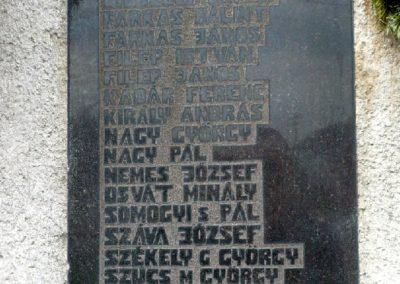 Szilágynagyfalu világháborús emlékmű 2014.04.18. küldő-Sümec (22)