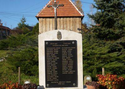 Szilvágy világháborús emlékmű 2009.11.17.küldő-Sümec