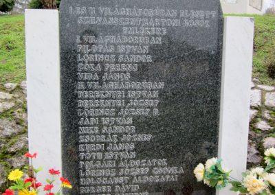 Szilvásszentmárton világháborús emlékmű 2013.03.31. küldő-kalyhas (5)