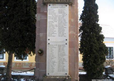 Szirák világháborús emlékmű 2010.01.26. küldő-kalyhas (4)