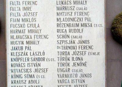 Szirák világháborús emlékmű - felújítás után 2017.01.15. küldő-Mónika 39 (3)
