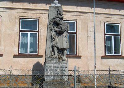 Szokolya világháborús emlékmű 2012.04.03. küldő-Ocsovai András